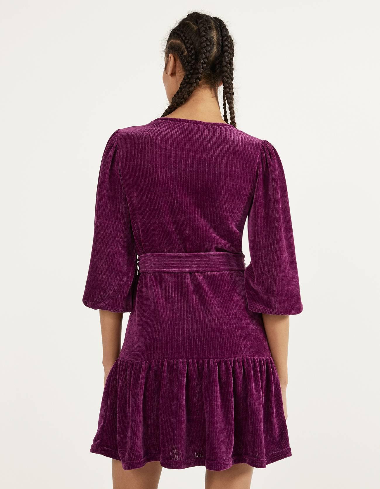Платье с воланами и рукавами-фонариками Фиолетовый Bershka