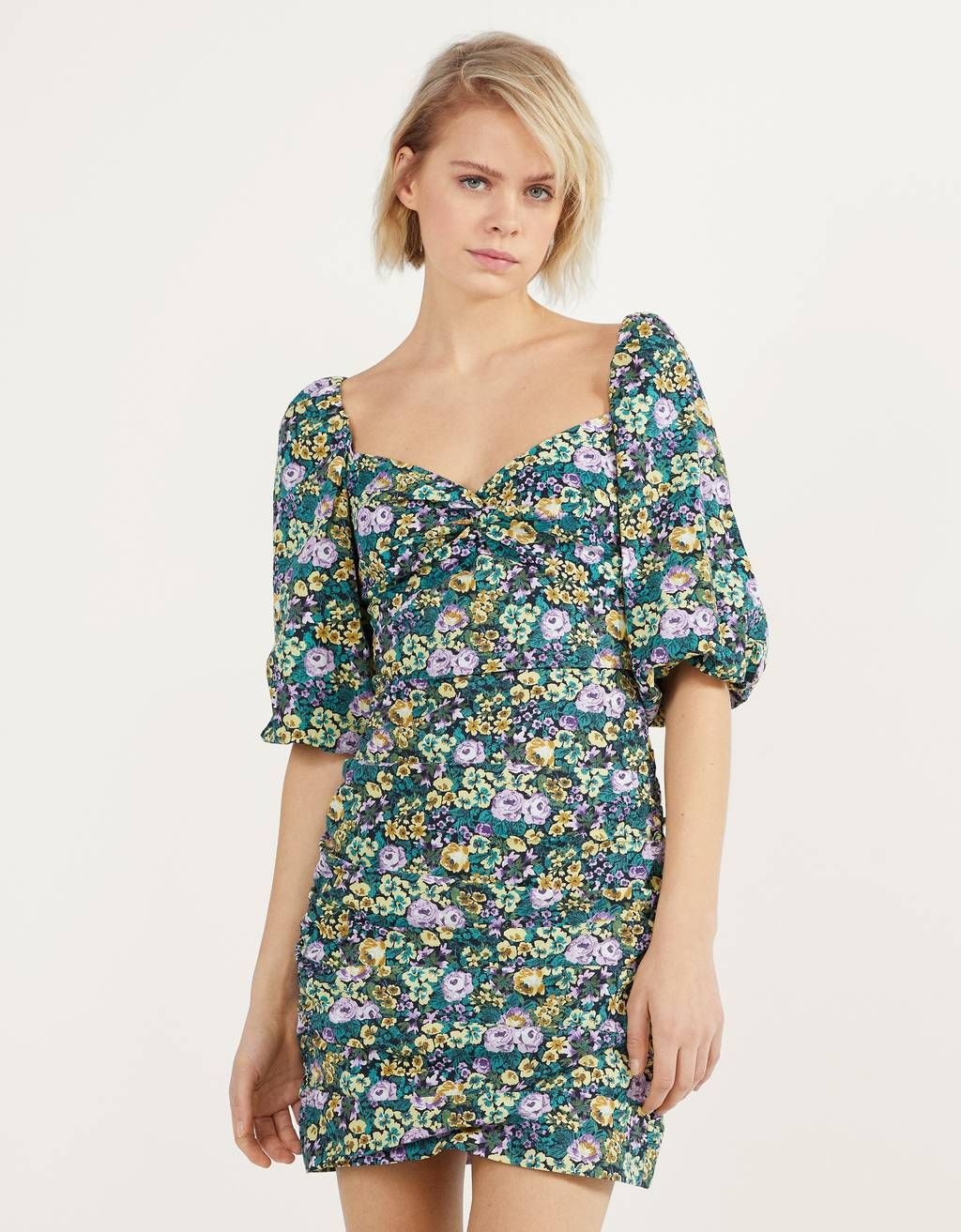 Floral dress with a sweetheart neckline