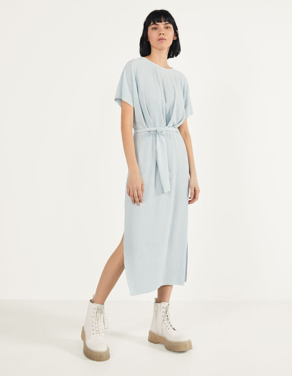 Midi dress with belt