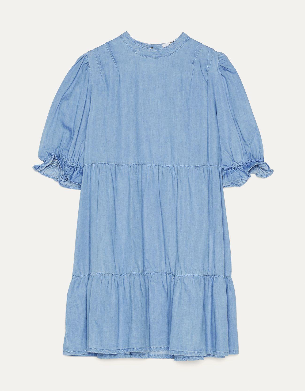 Джинсовое платье объемного кроя Синий застиранный Bershka