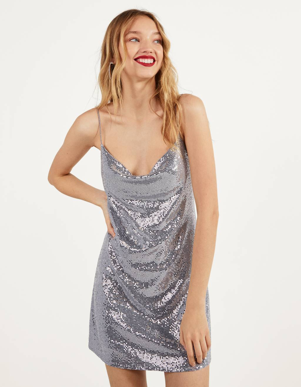 Robe courte à brillants