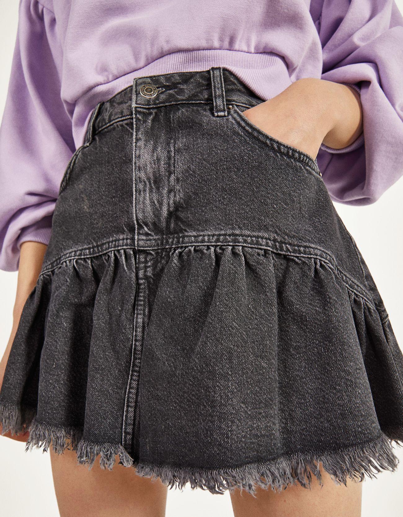 Джинсовая юбка с воланами Серый Bershka