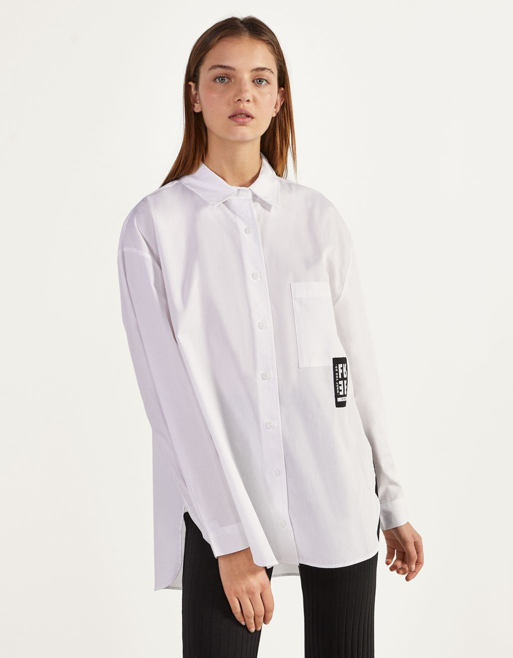 Poplin shirt with slits