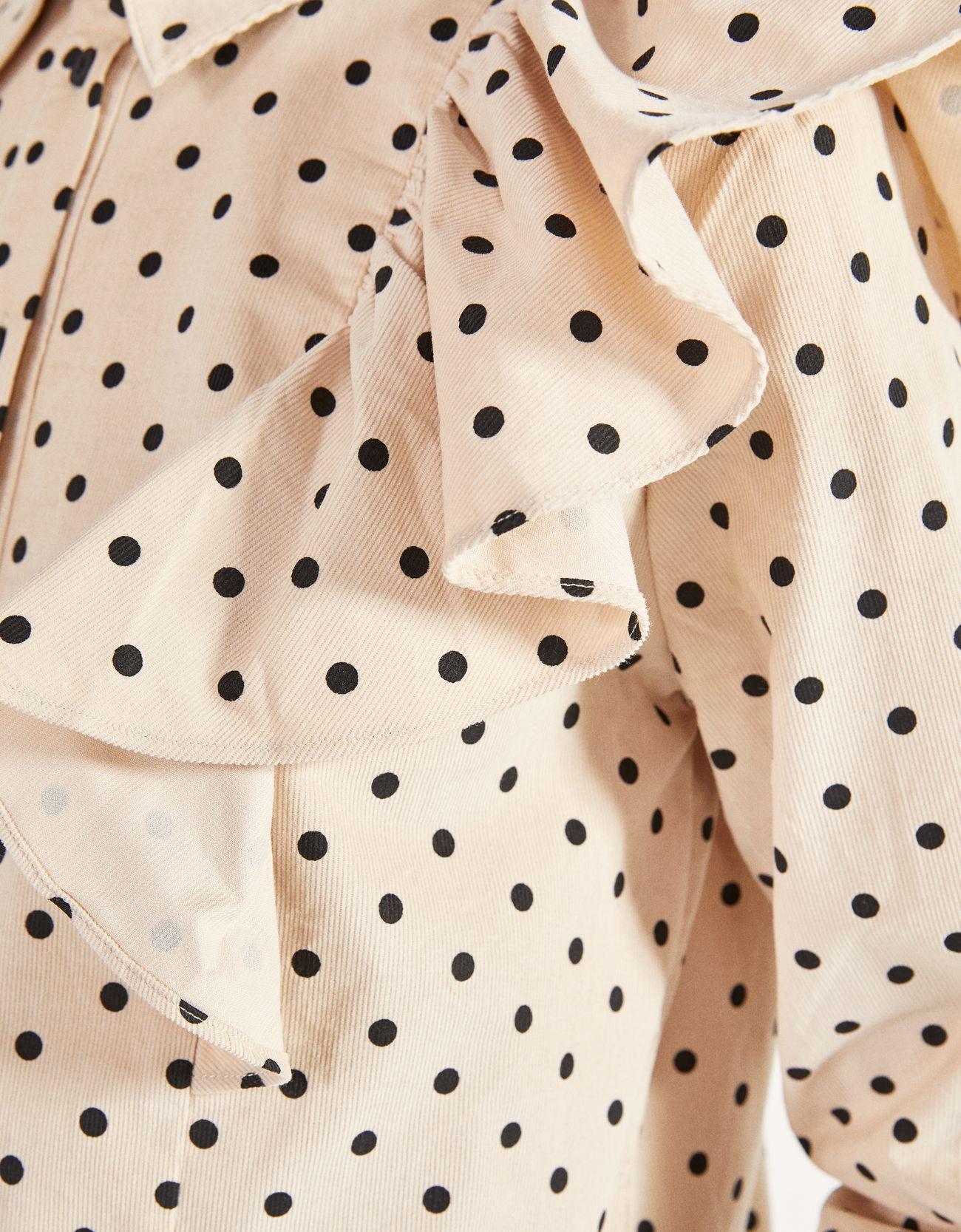 Рубашка из вельвета с воланами ПЕСОЧНЫЙ Bershka