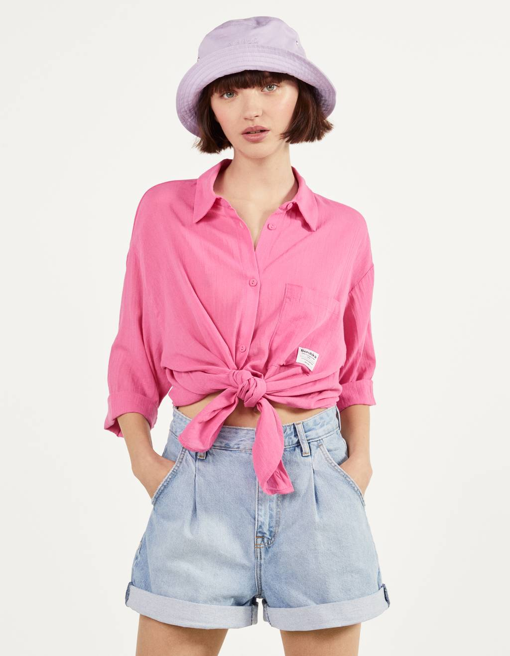 Shirt with front knot