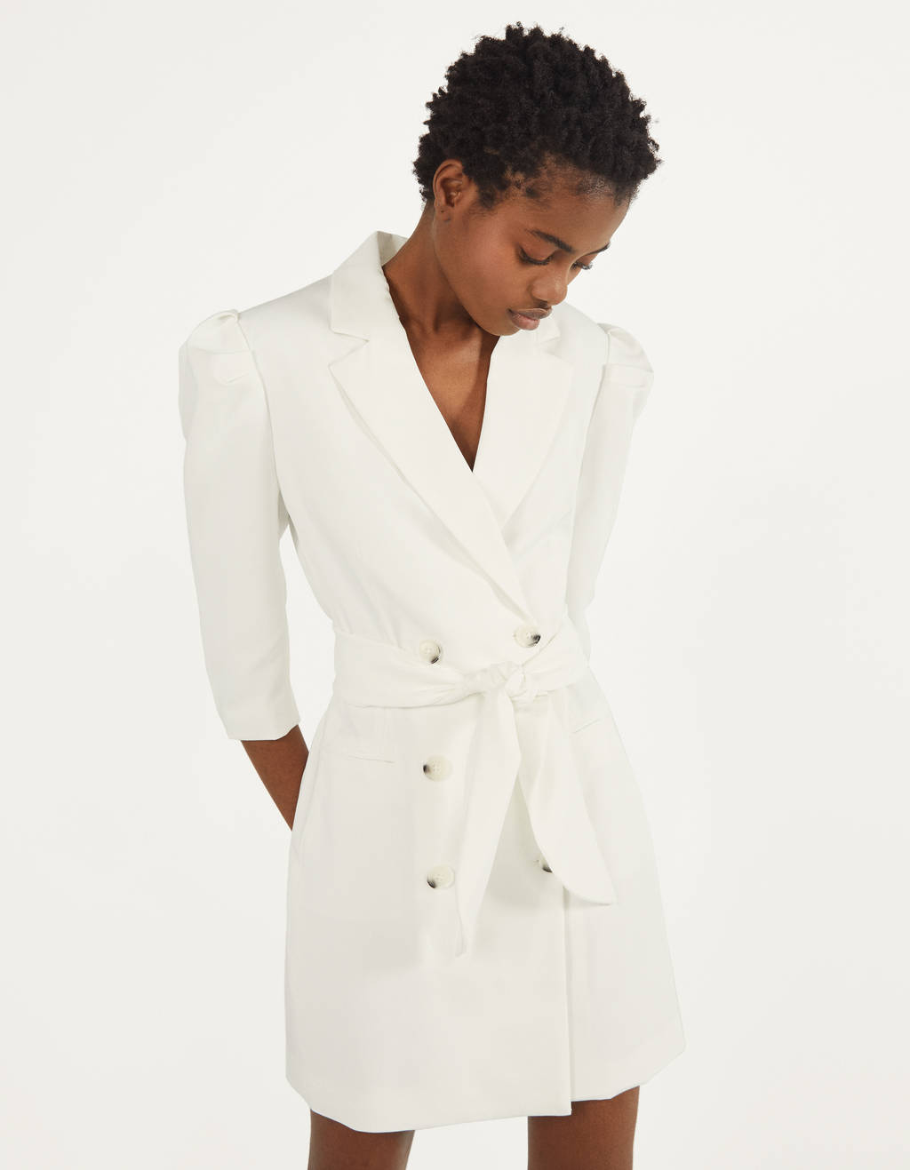 Vestido blazer com manga de volume