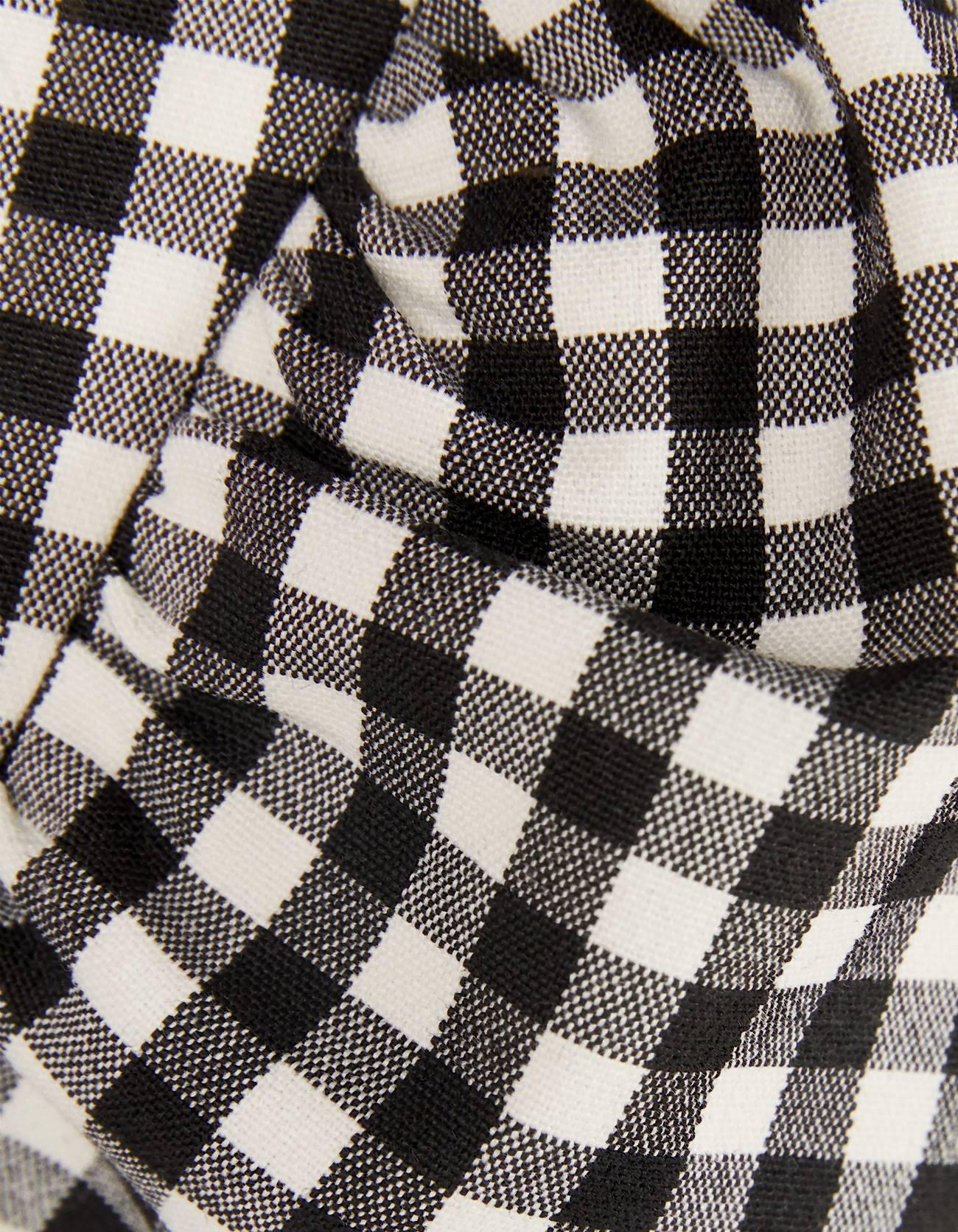 Пиджак объемного кроя в клетку виши Белый/Черный Bershka
