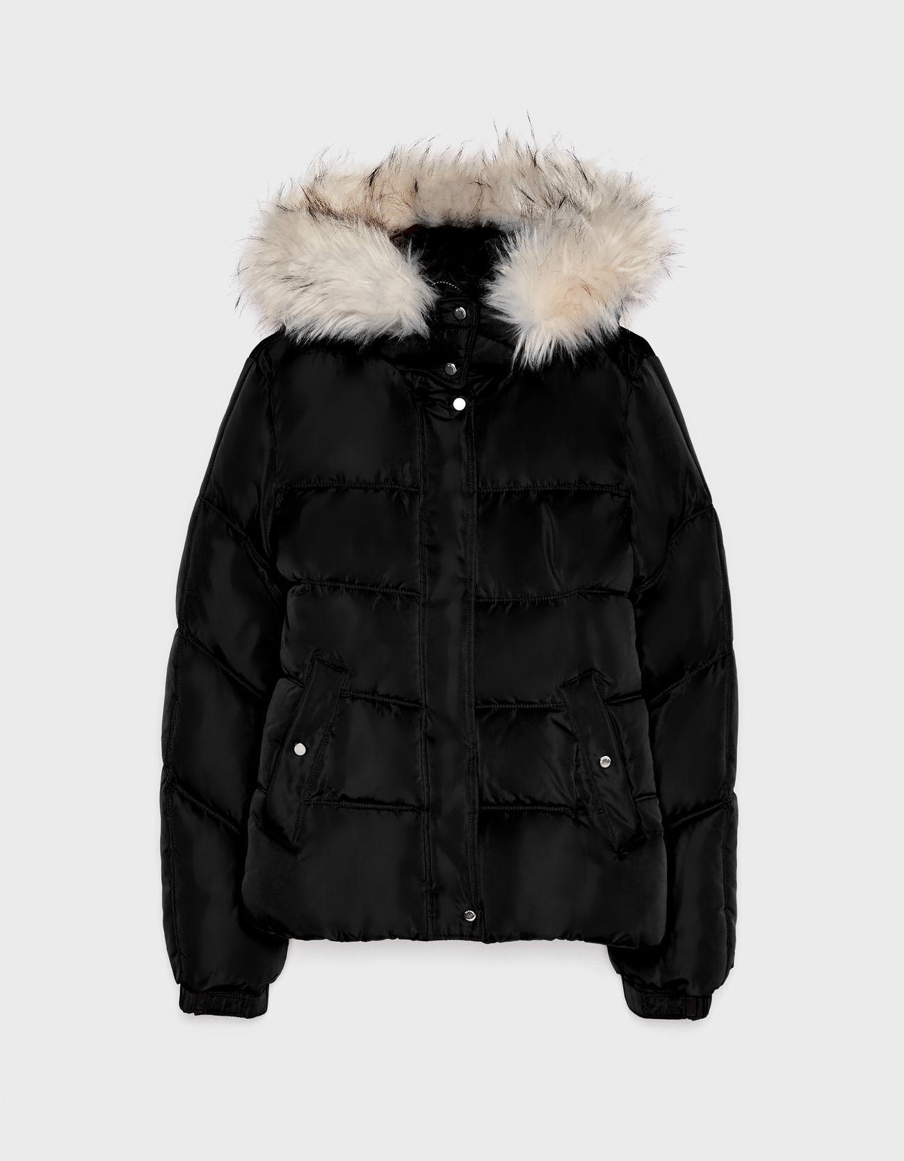 Дутая куртка с капюшоном Черный Bershka