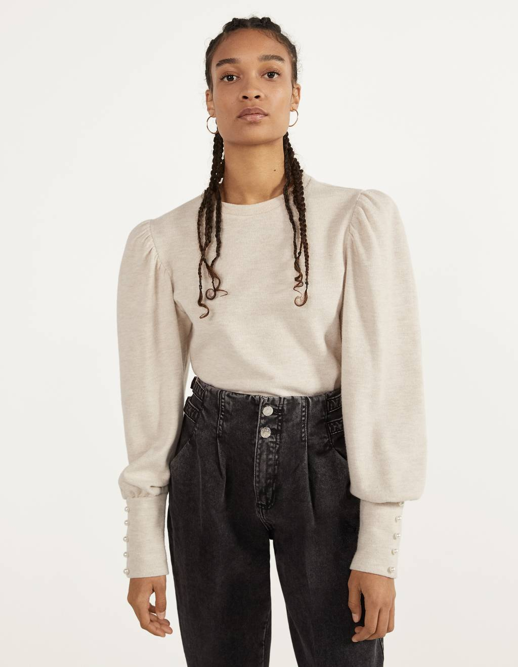 Puff sleeve sweater with pearl beads