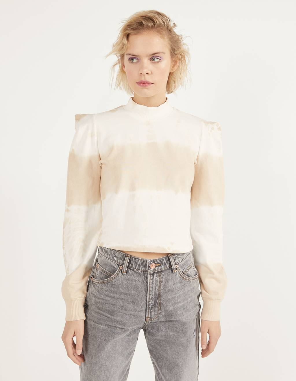 Shoulder pad-effect sweatshirt