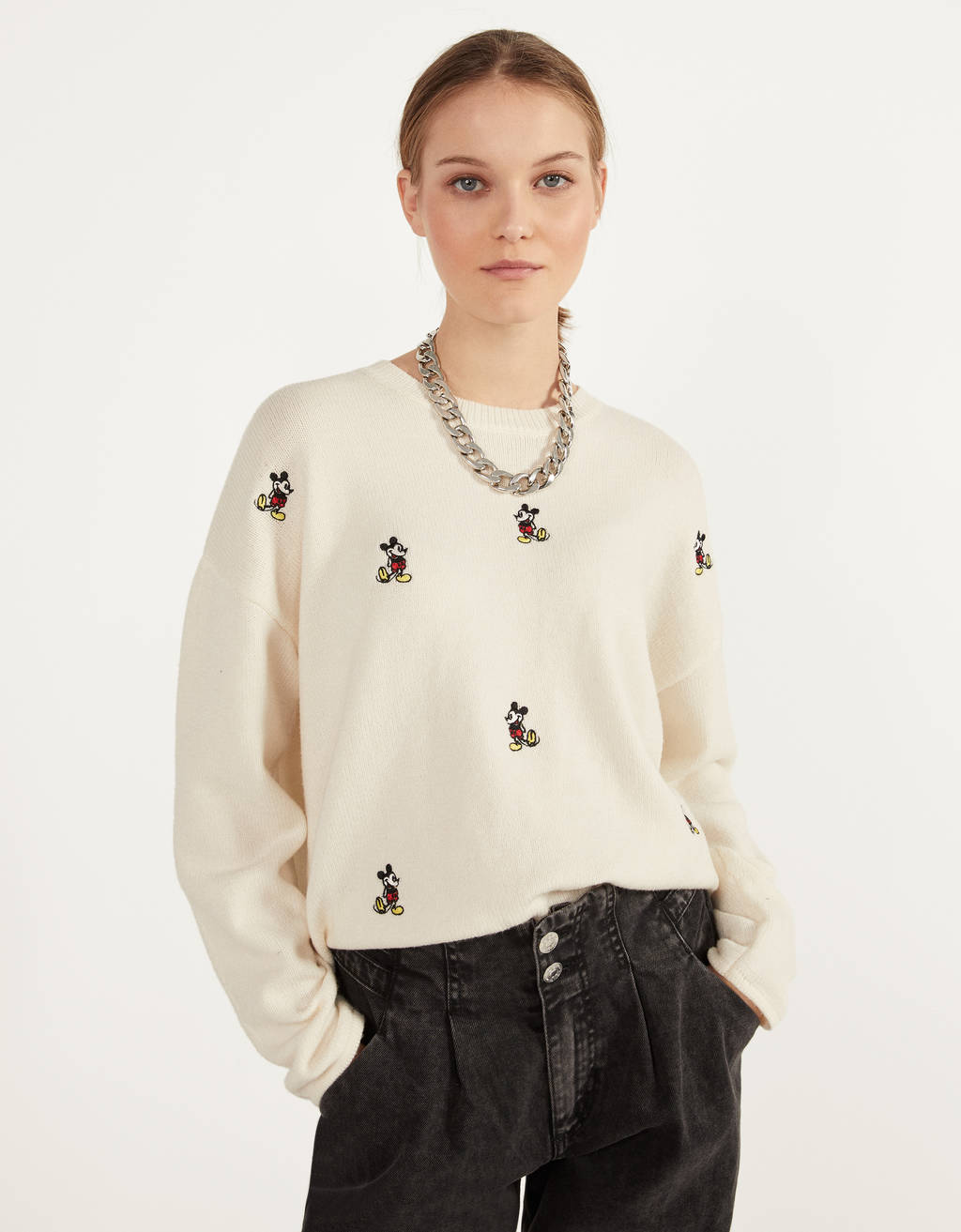Embroidered Mickey Mouse sweater