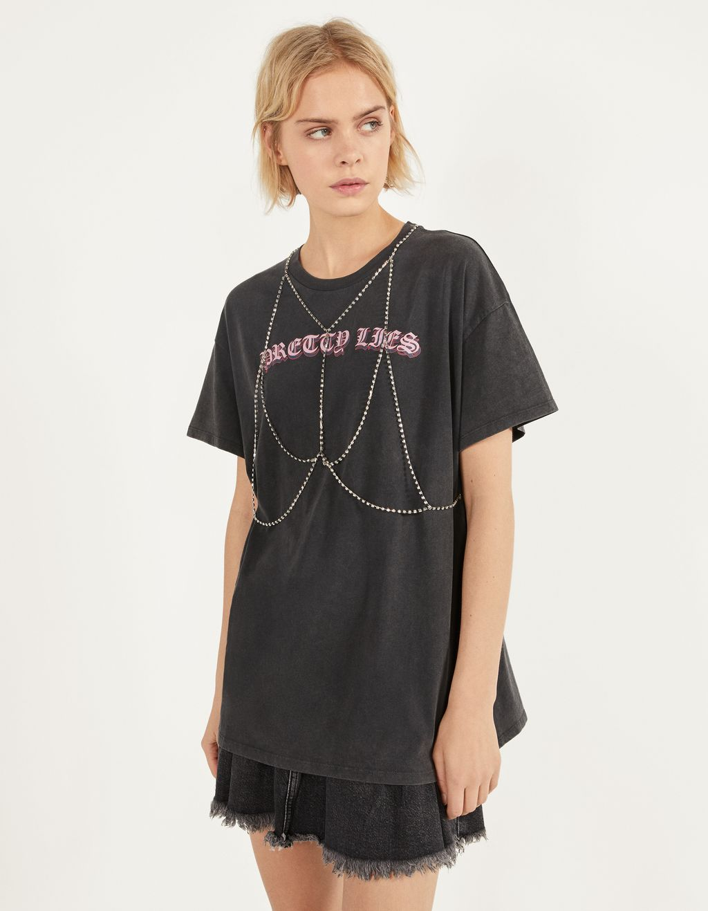 Printed T-shirt with chain