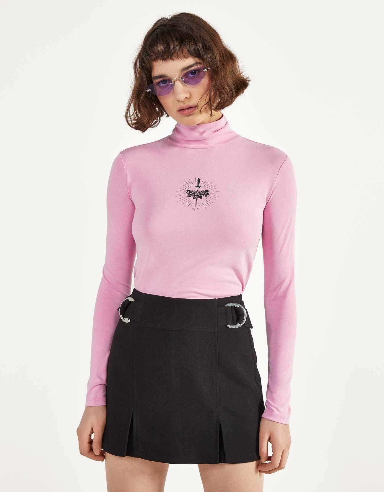 Bershka Camiseta con cuello alto y estampado Mujer L Rosa