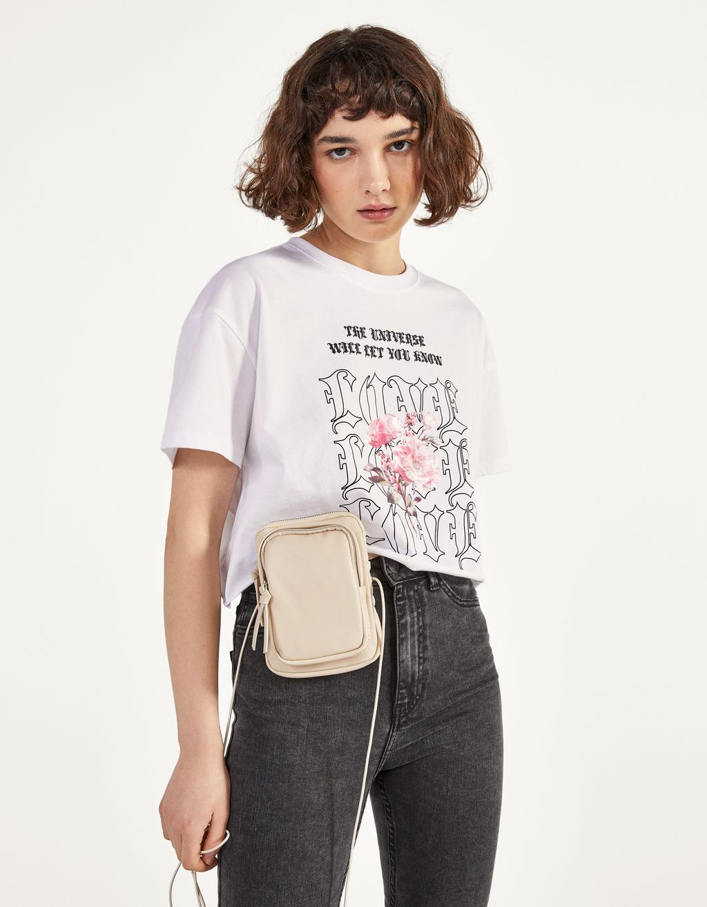 Camiseta cropped con estampado