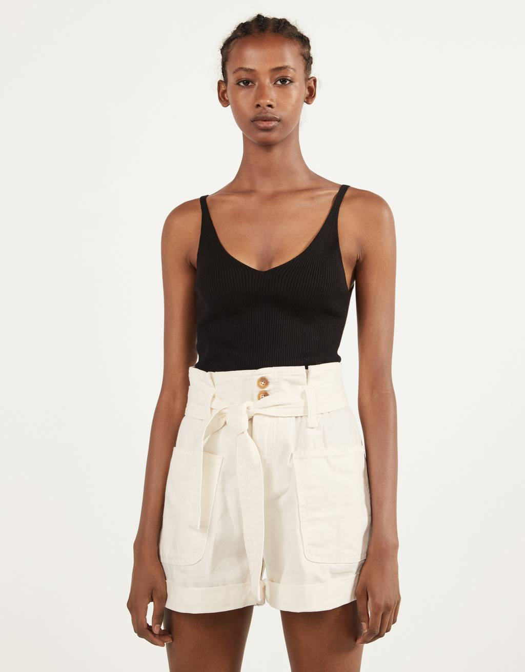 Paperbag shorts with belt