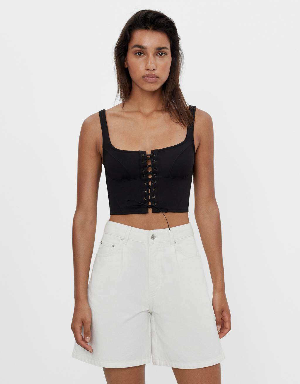 Top style corset lacets
