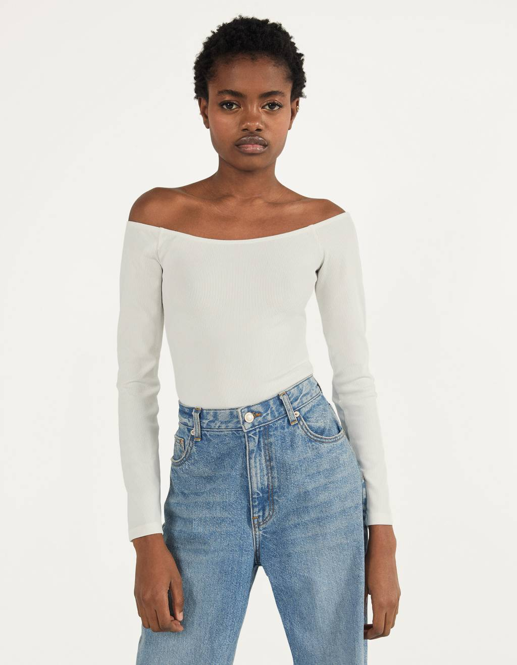 Off-shoulder body i ribstrik