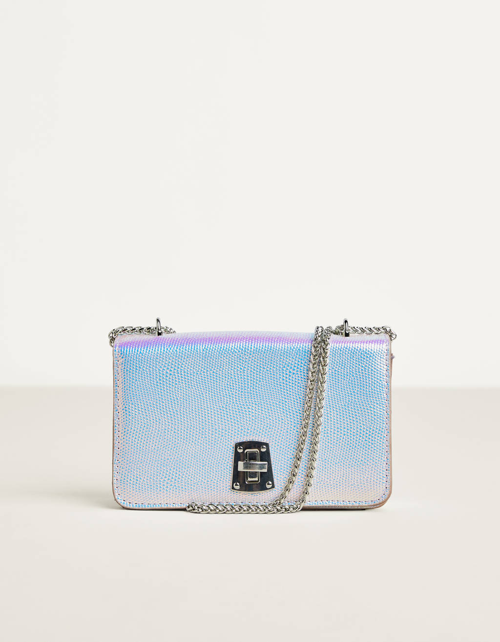 Iridescent handbag with chain
