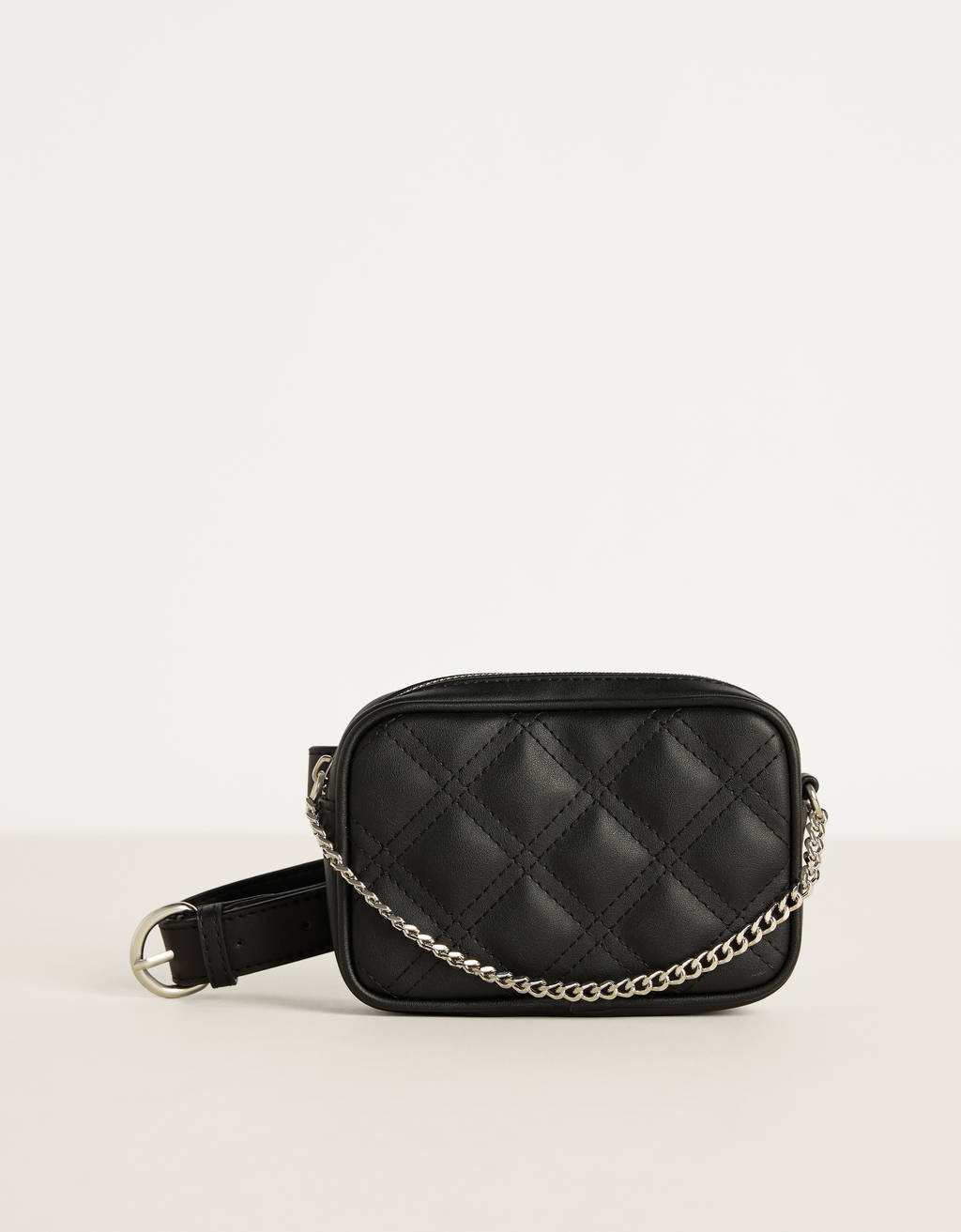 Quilted belt bag with chain