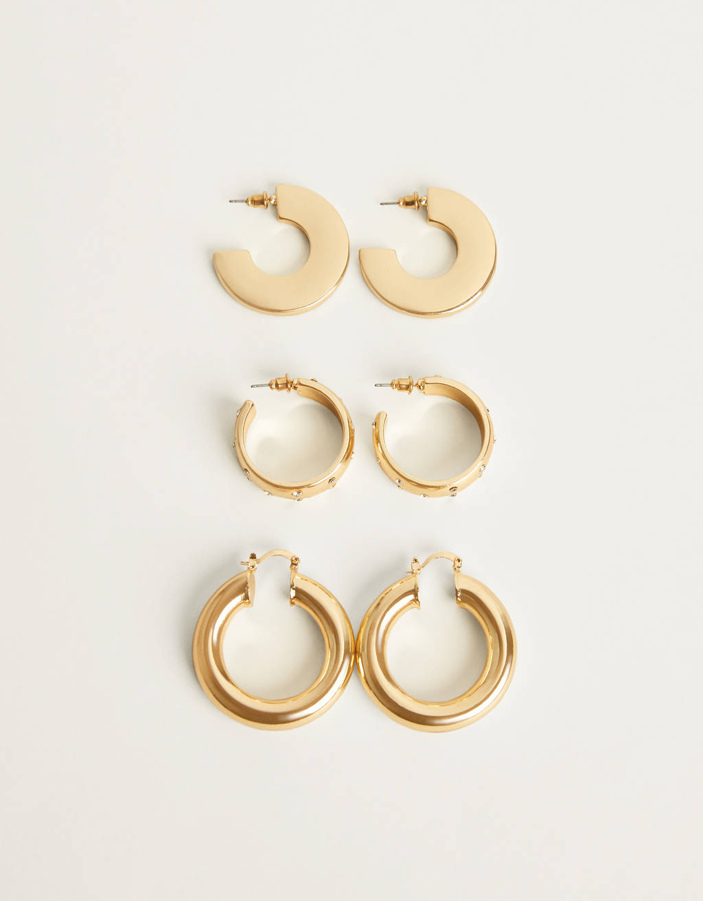 Set of glitter hoops