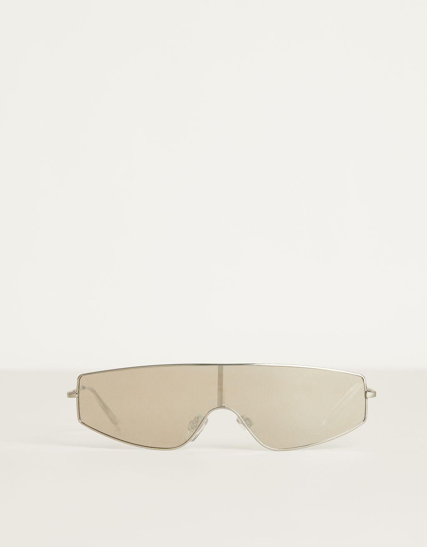 Aynalı güneş gözlüğü