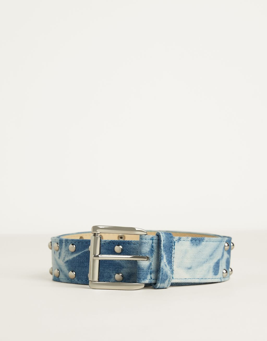 Studded denim belt