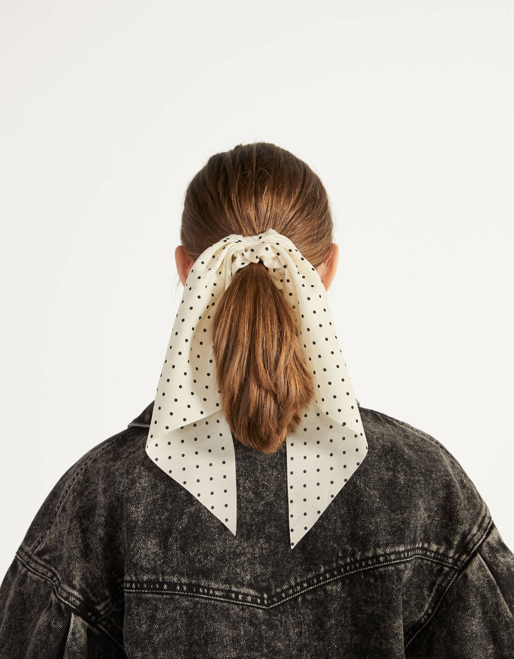 Polka dot scrunchie