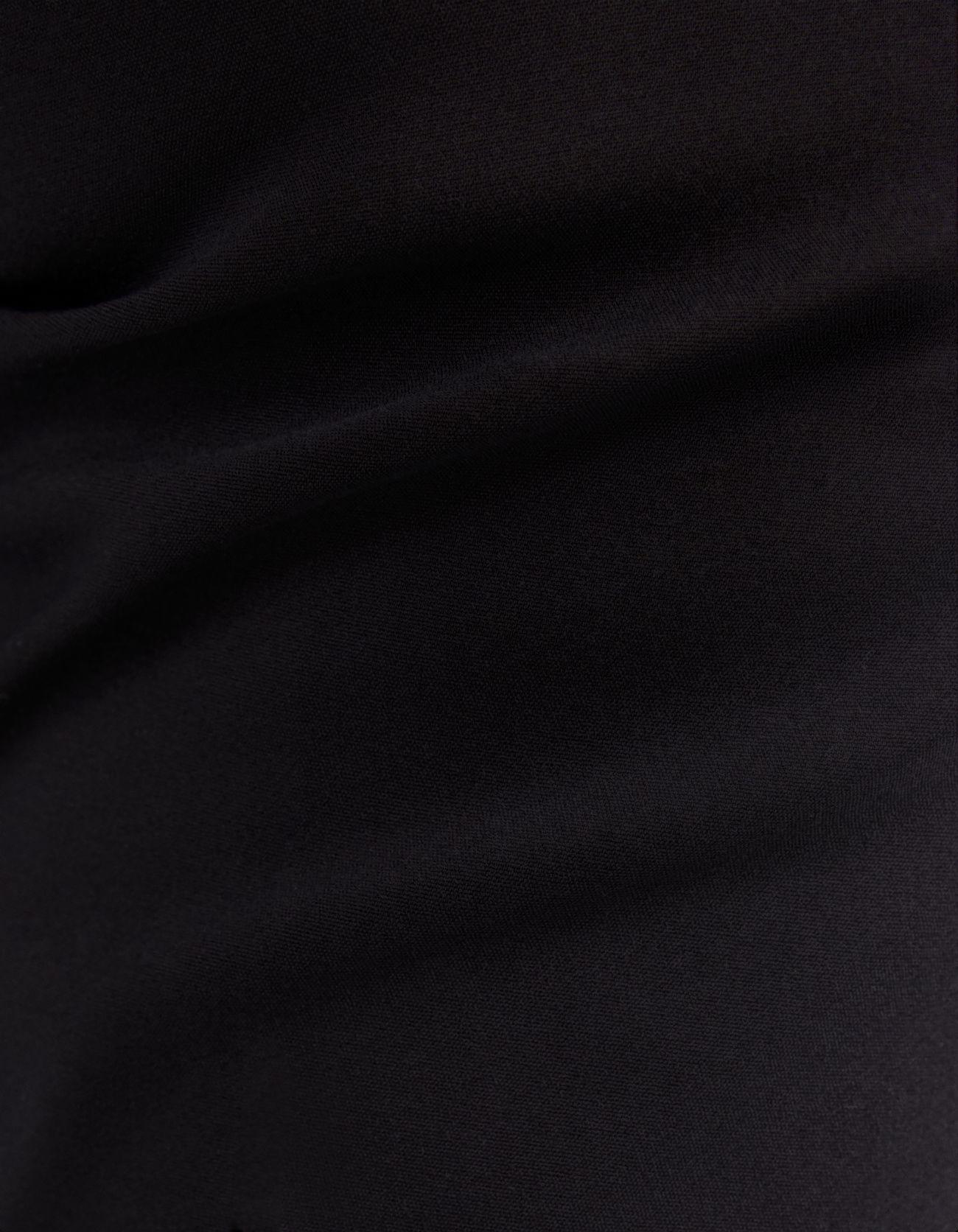 Брюки чинос с ремнем Черный Bershka