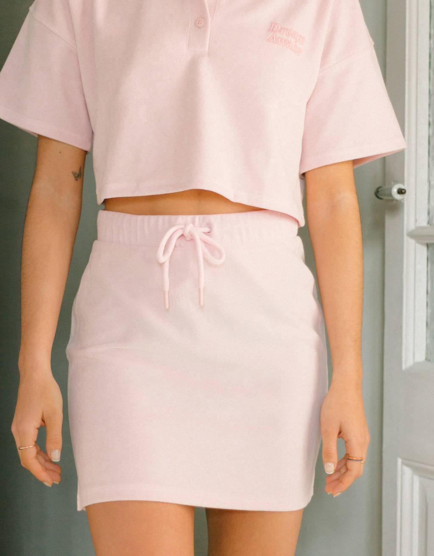 Falda corta de terciopelo