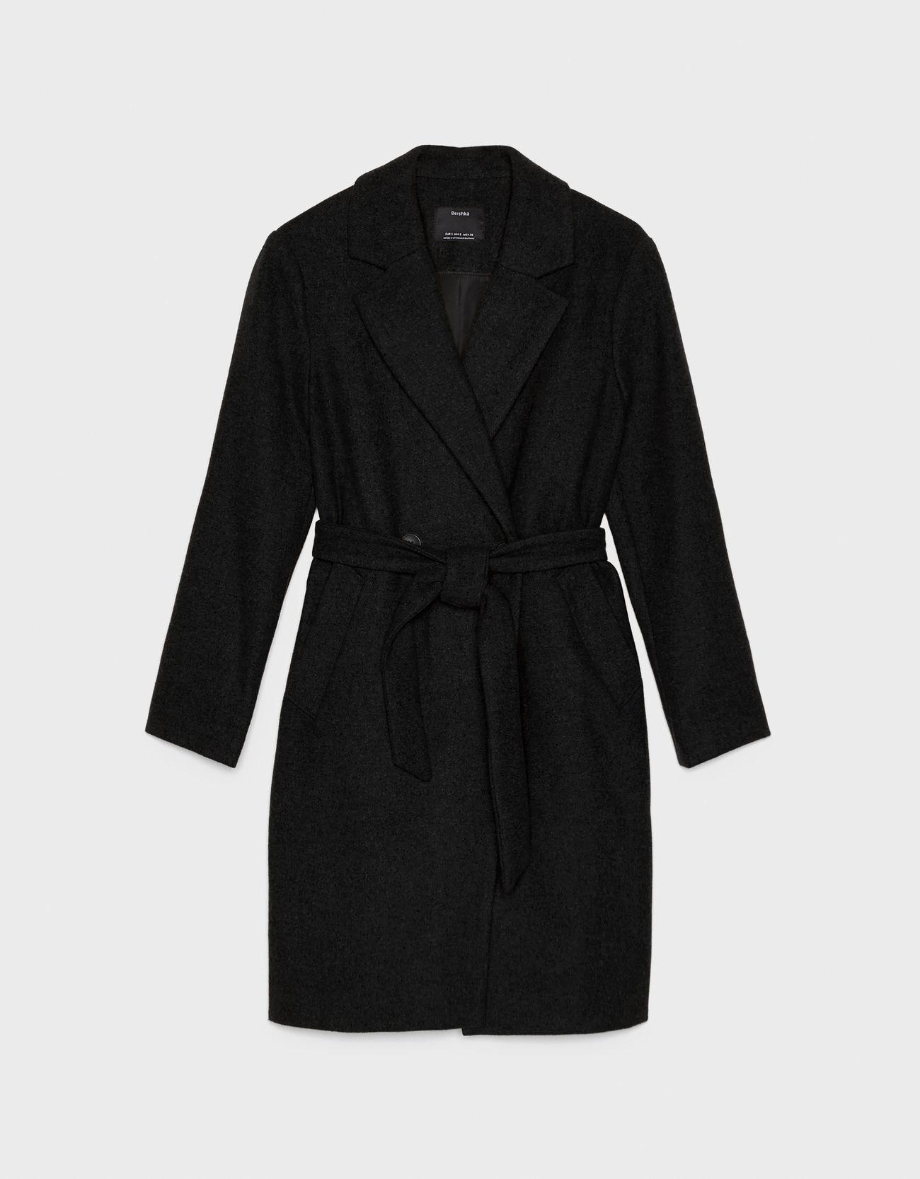 Пальто из шерстяной ткани с поясом ЧЕРНЫЙ Bershka