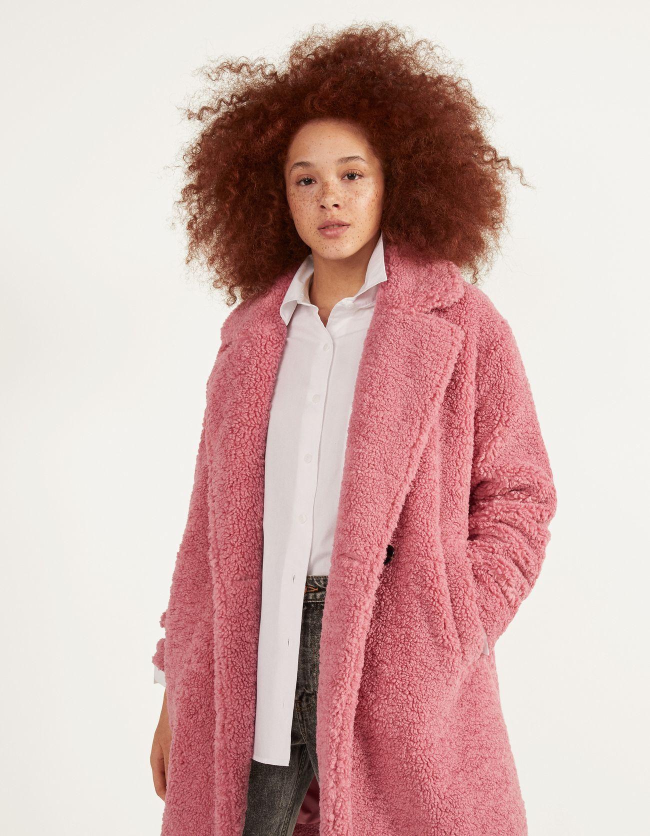 Пальто из меха под овчину Розовый Bershka