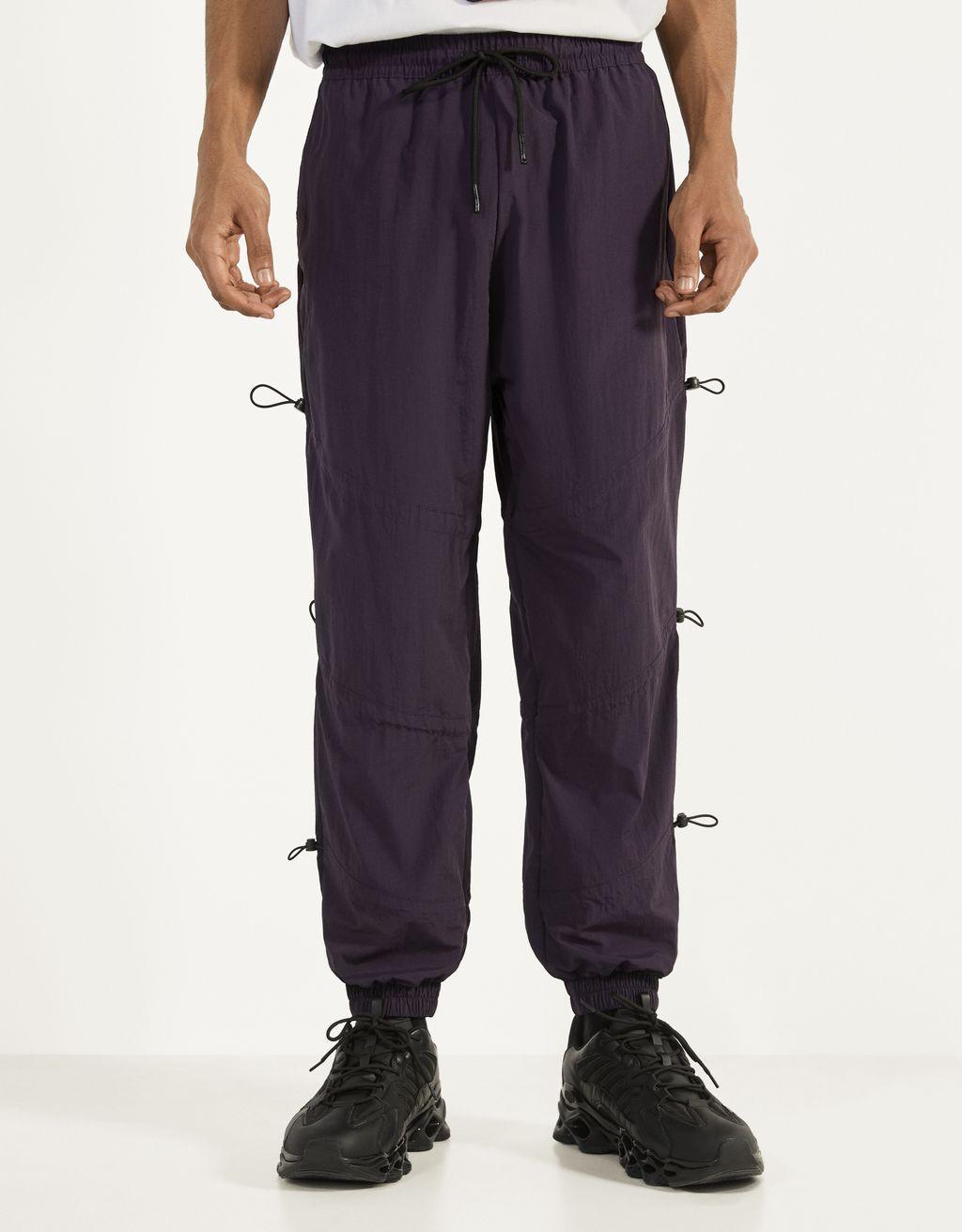 Pantalón jogger con elásticos