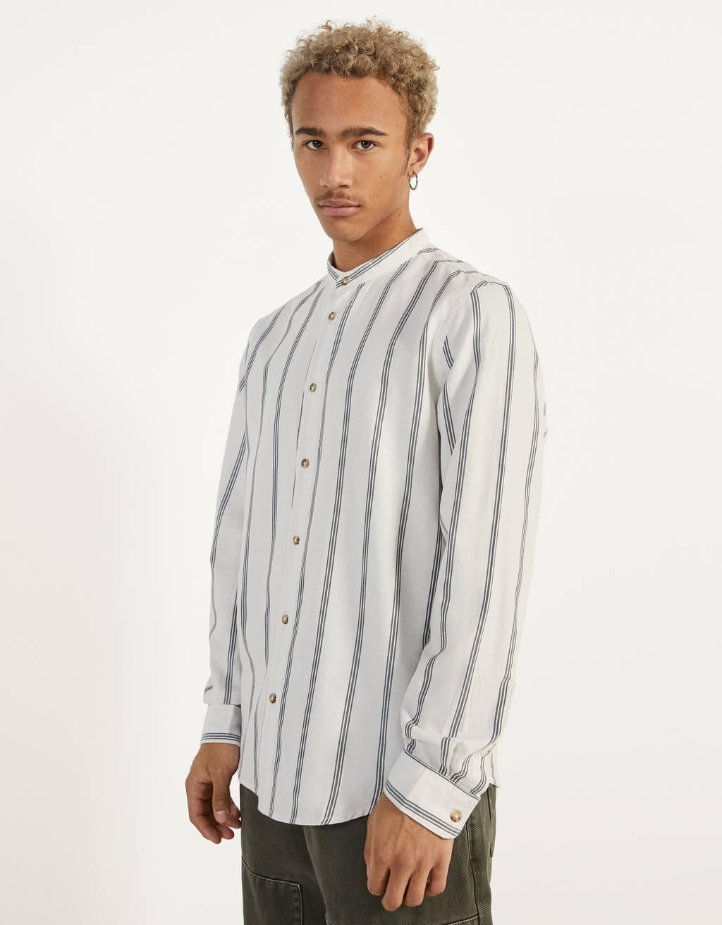Camisa amb coll mao