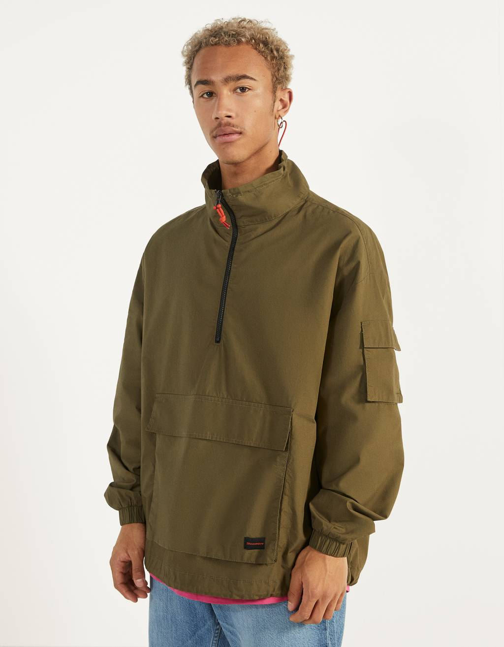 Overshirt with pouch pocket and zip