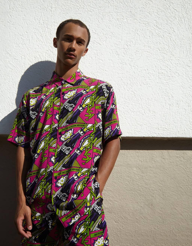 Shirt met Coca-Cola print