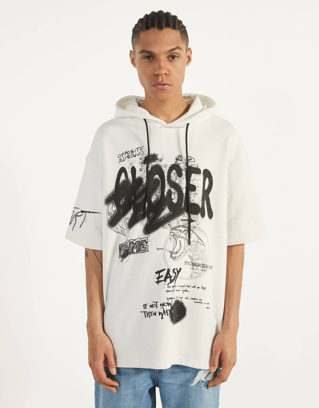 Desenli kısa kollu kapüşonlu sweatshirt