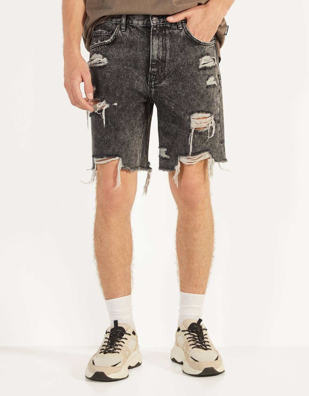 Ripped denim Bermuda shorts