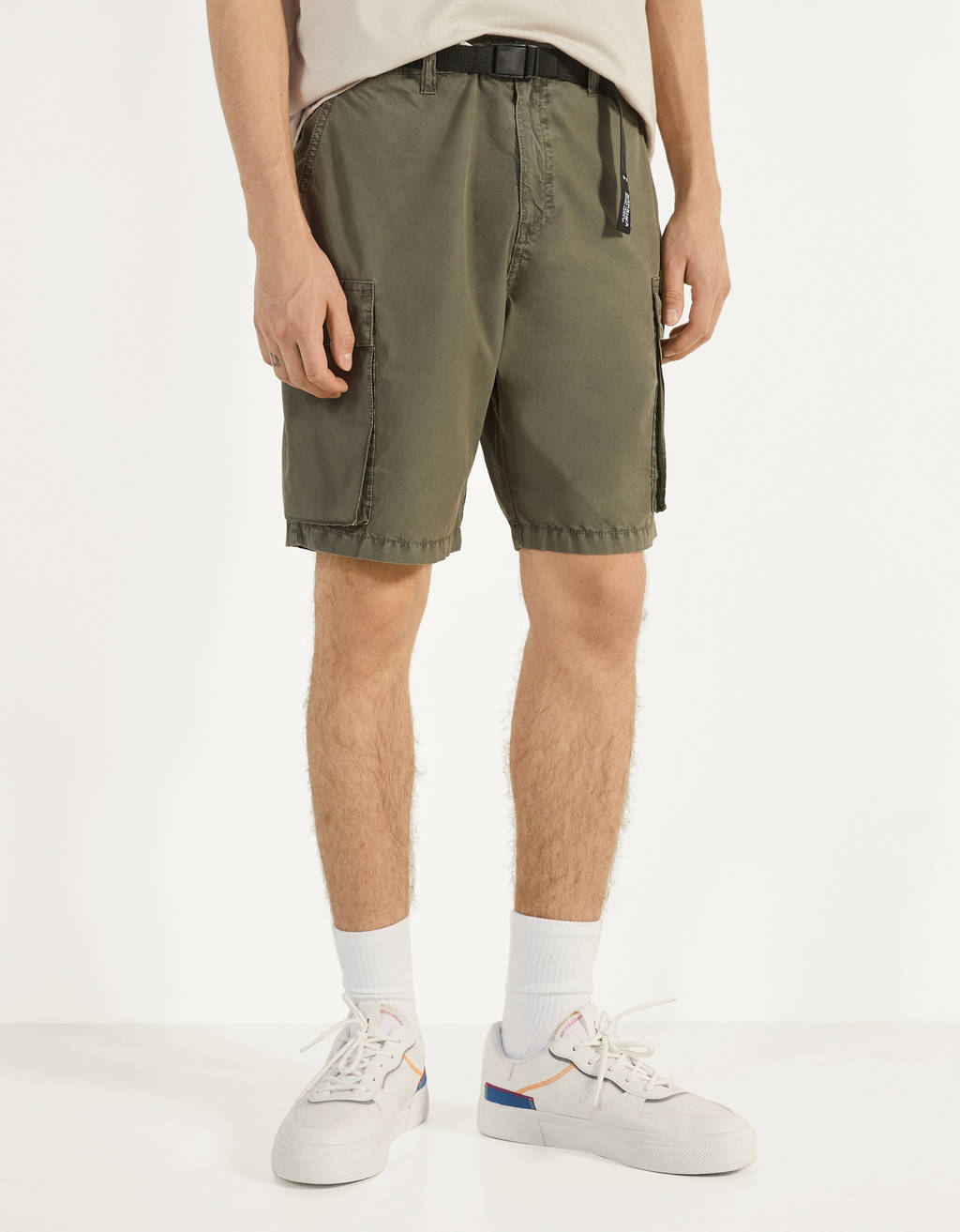 Poplin cargo Bermuda shorts with a belt
