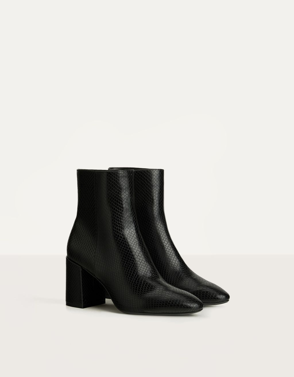 Animal embossing high-heel ankle boots