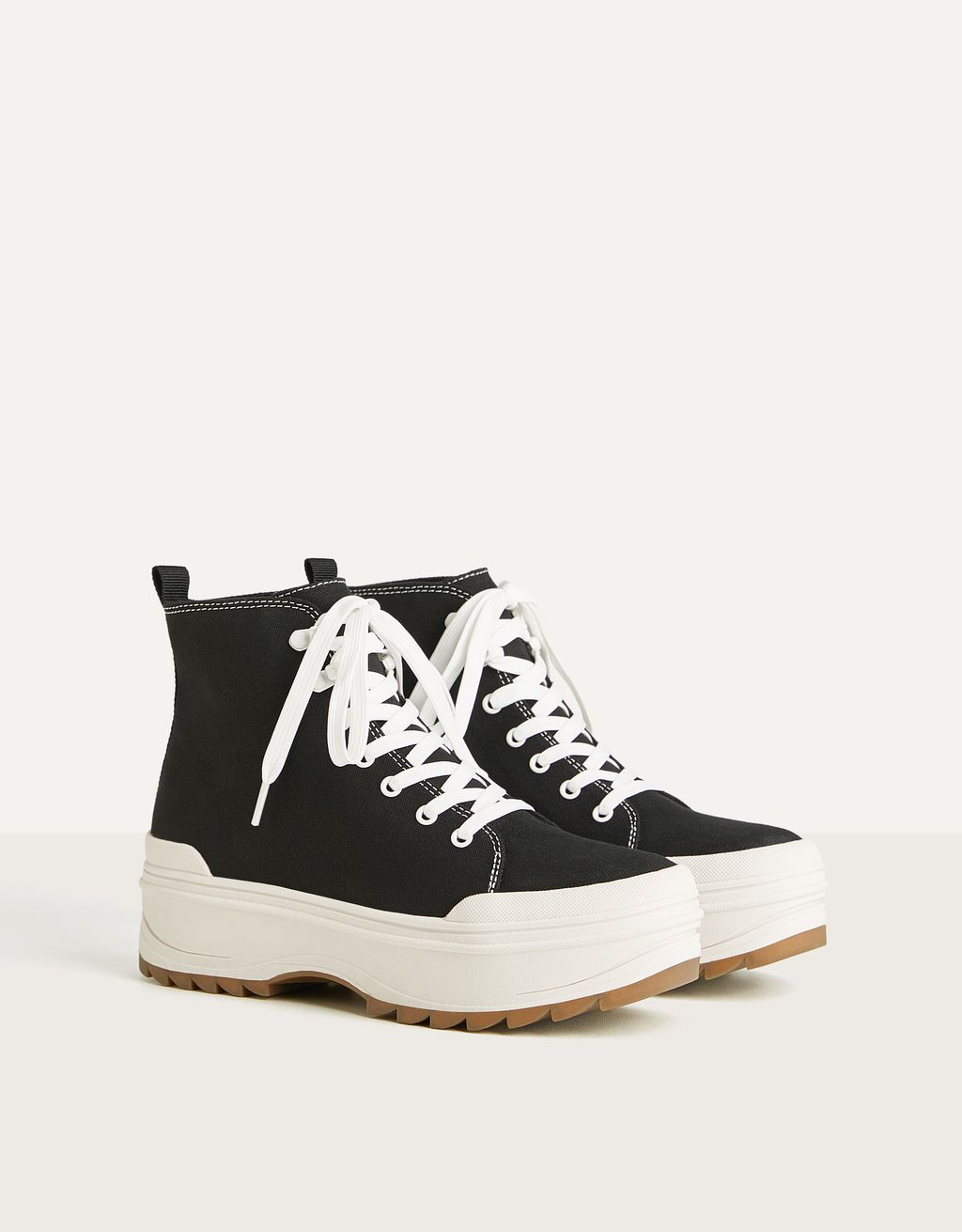 Platform high-top trainers