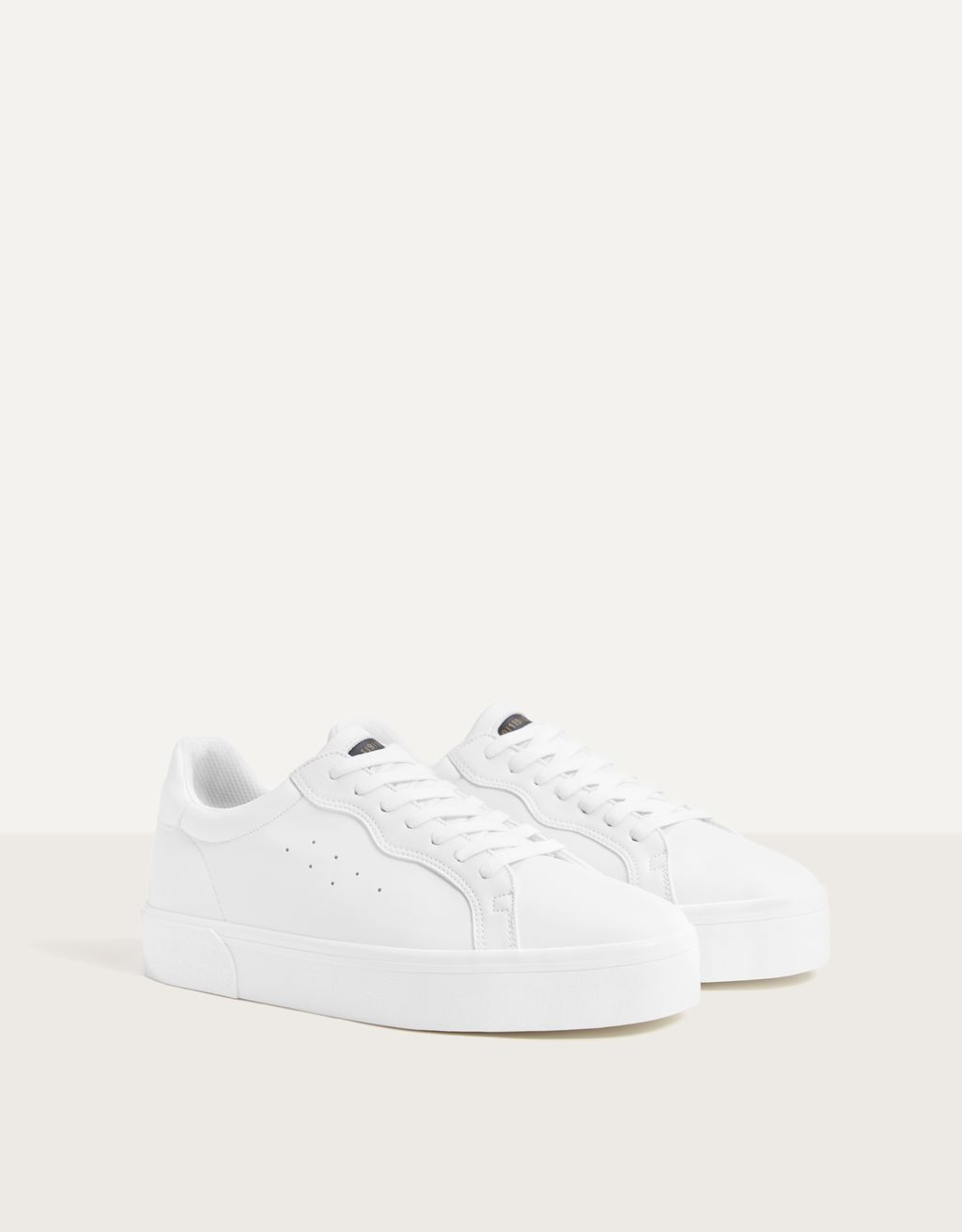 Tennis blanches homme