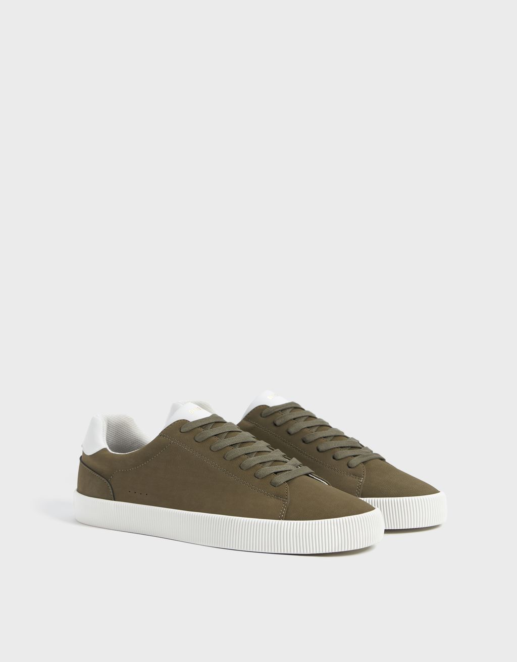 Sneakers contrastantes homme
