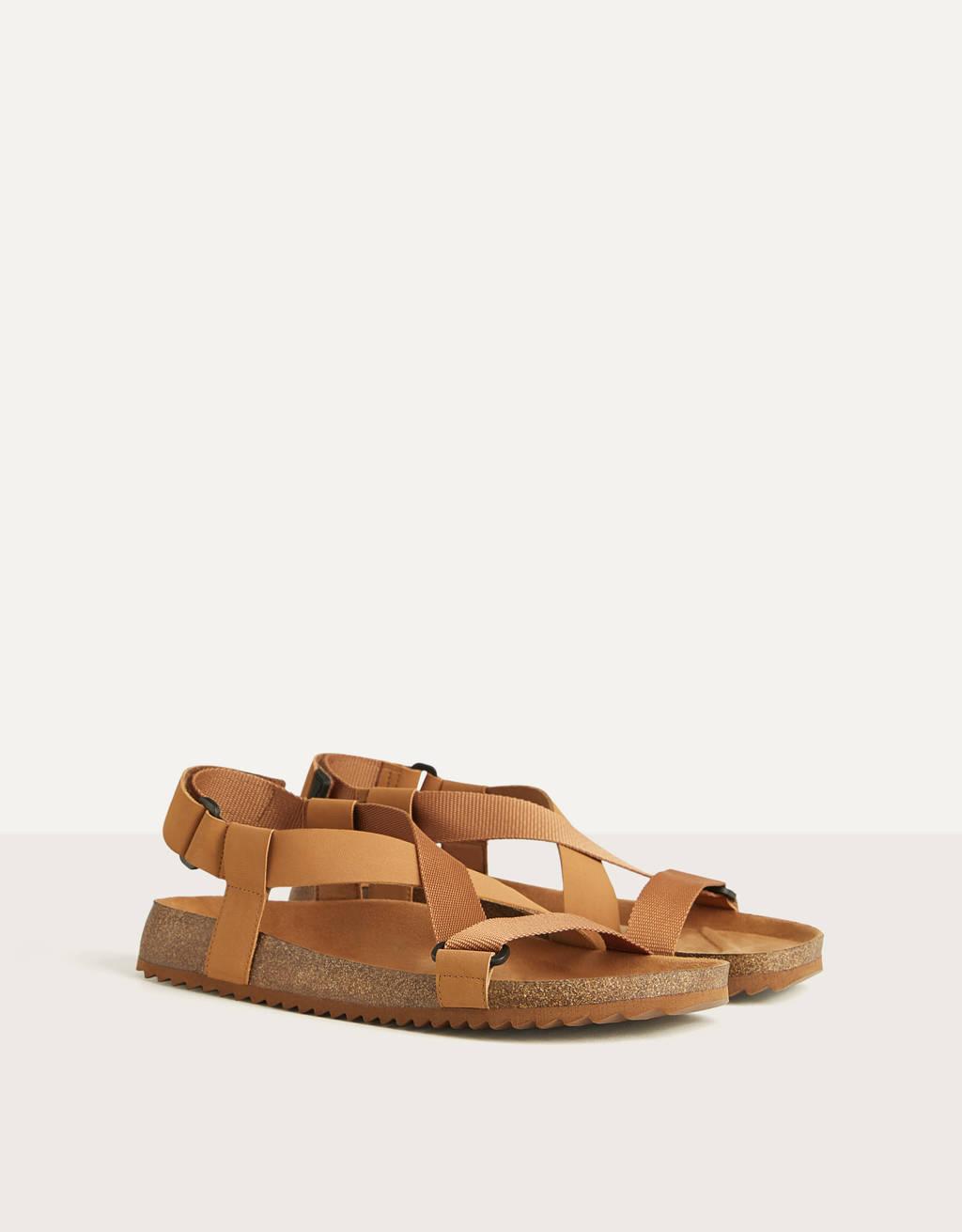 Мужские сандалии с ремешками