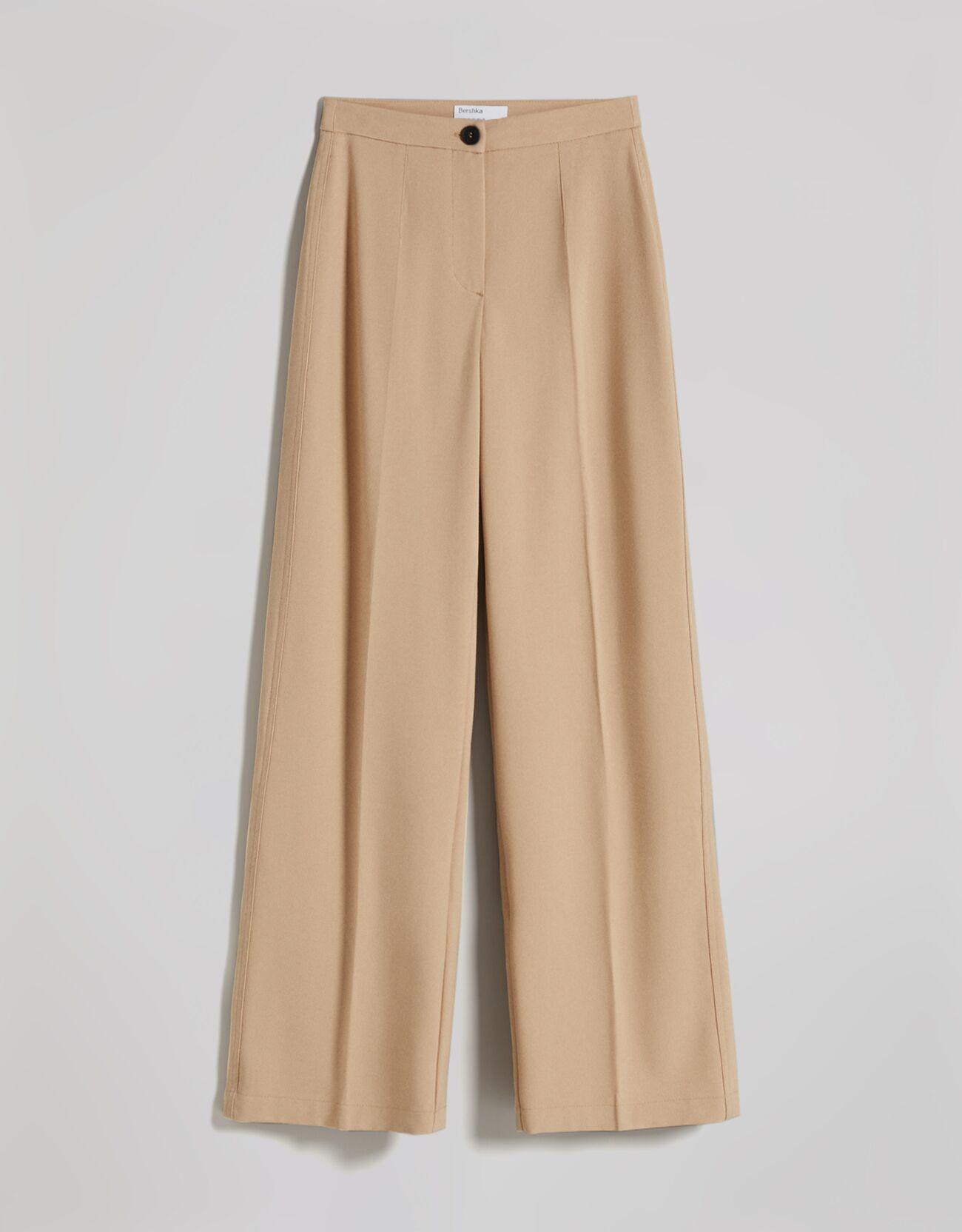 Широкие брюки с карманом сзади Верблюжий Bershka