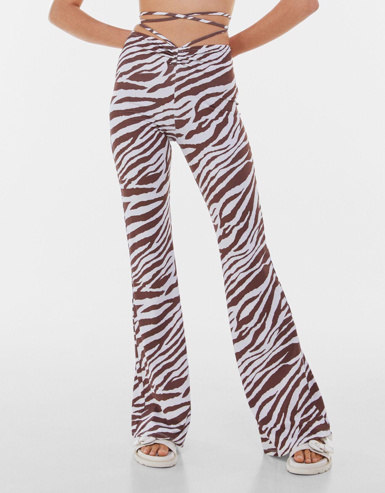 Расклешенные брюки Κоричневый Bershka