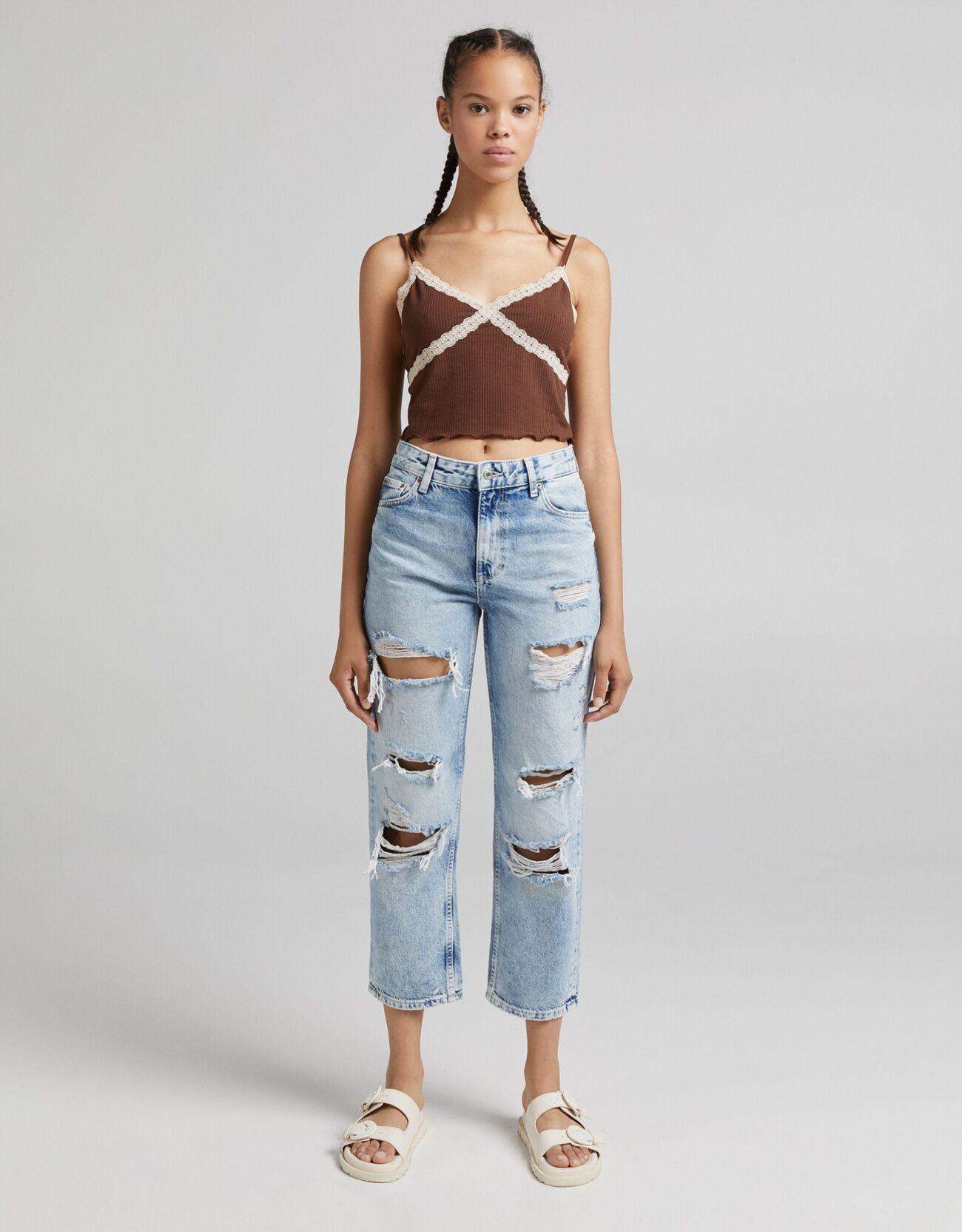 Укороченные джинсы прямого кроя с разрезами Синий застиранный Bershka