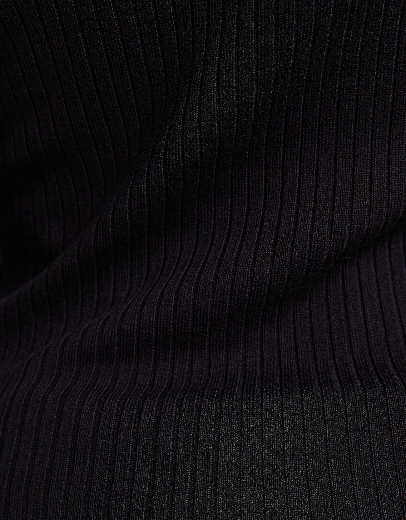 Свитер с высоким воротником и отделкой в рубчик Черный Bershka