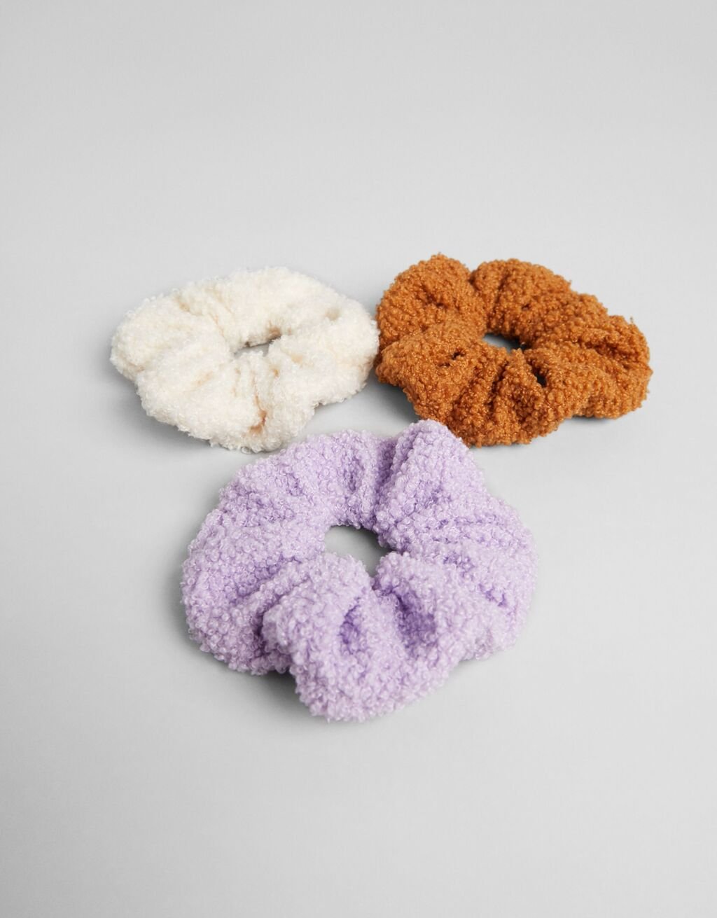 Set of 3 faux shearling scrunchies