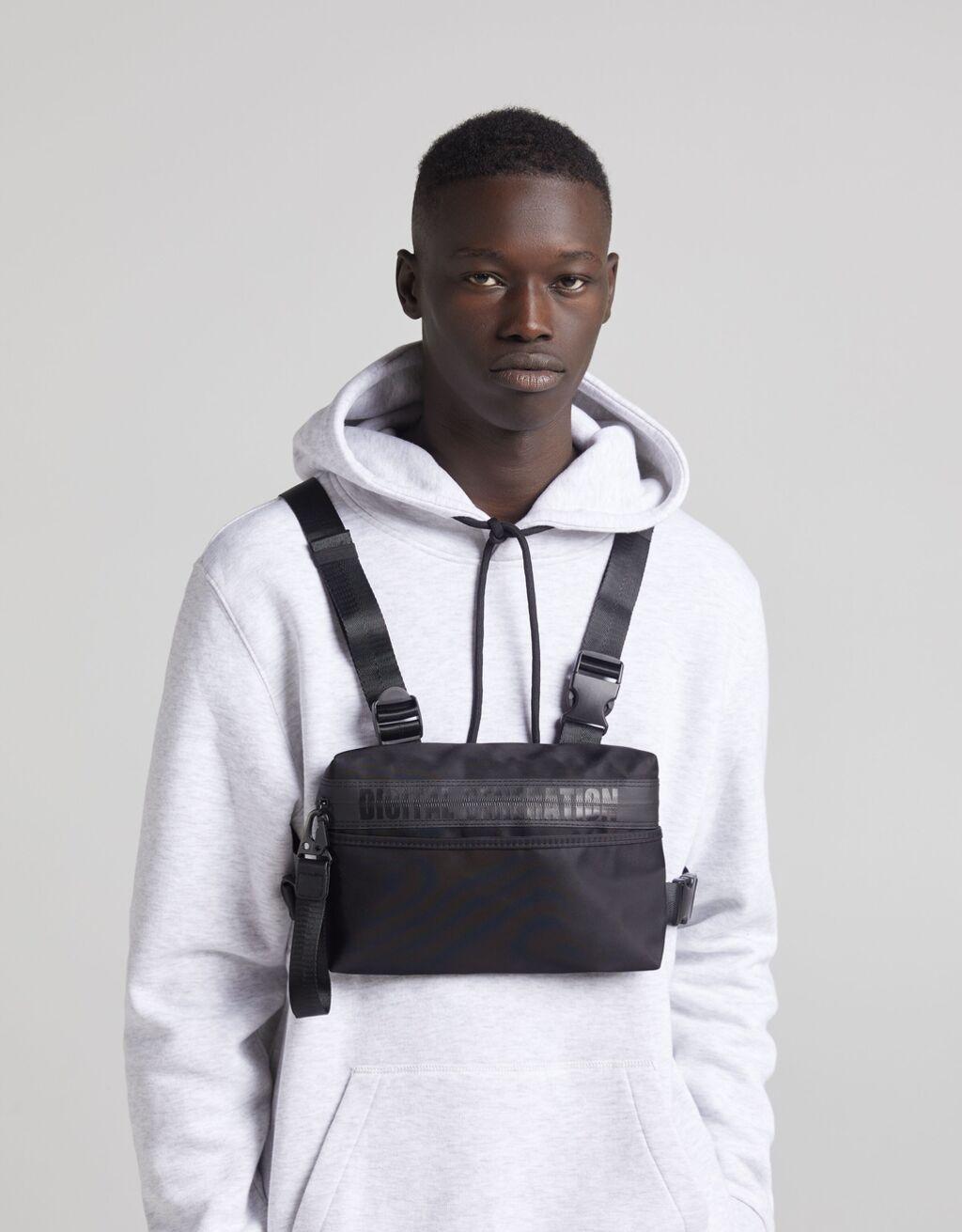 Black chest bag for men from Bershka | Vanityforbes