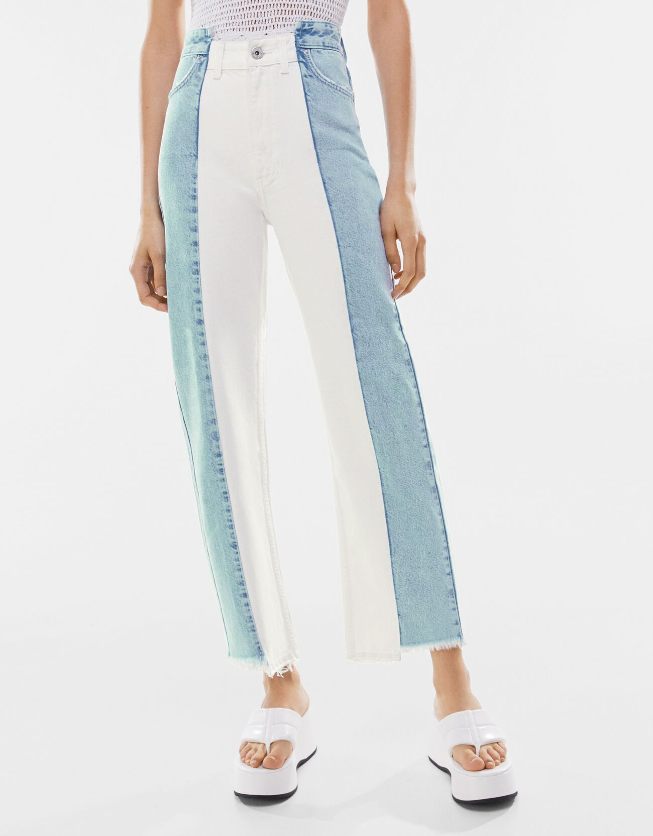 bershka -  Jeans Im Straight Fit Mit Two-Tone Damen 36 Ausgewaschenes Blau